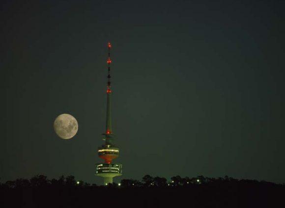 WO Black mountain - moon