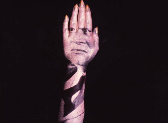 Goldfinger-Hand-1