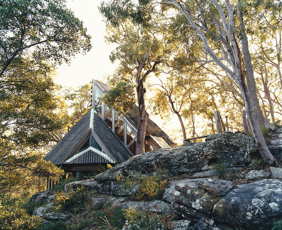 The Lobster Bay House in NSW. Designed by Ian McKay, shot by Michael Wee.