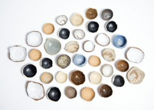 Pinch pots, photo by Lee Grant