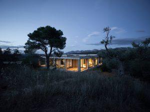 Solo-House_Pezo-von-Ellrichshausen_Cristobal-Palma_Image-02_Low-Res.jpg